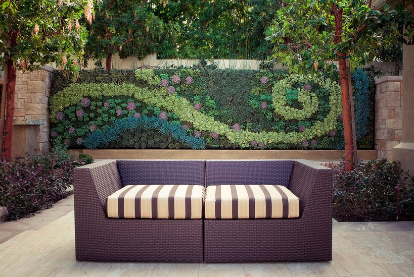 Simple Décor Ideas to Beautify Your Outdoor Space
