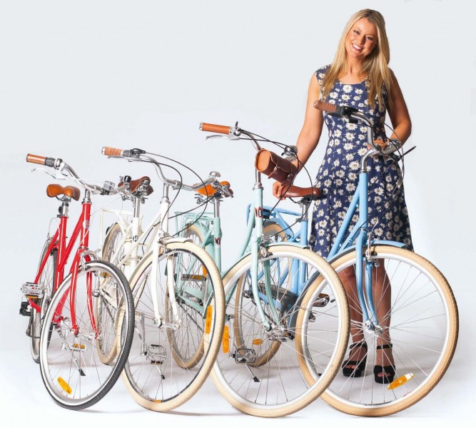 Vintage Cruiser Bicycle: Cruise Through Streets and Life with Ease