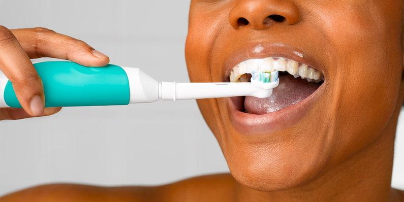 electric-tootbrushing