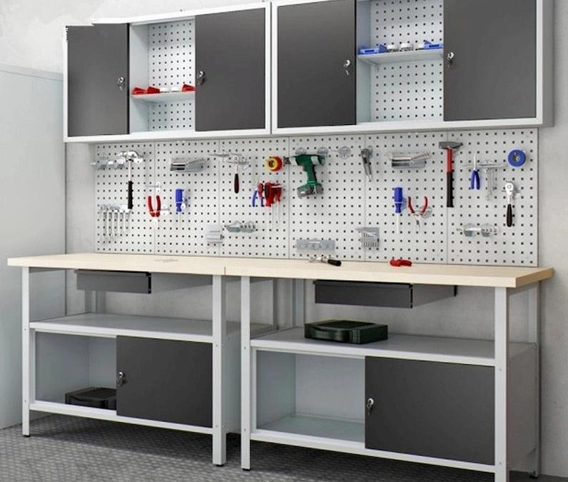 The Different Types of Industrial Workbenches & Their Uses