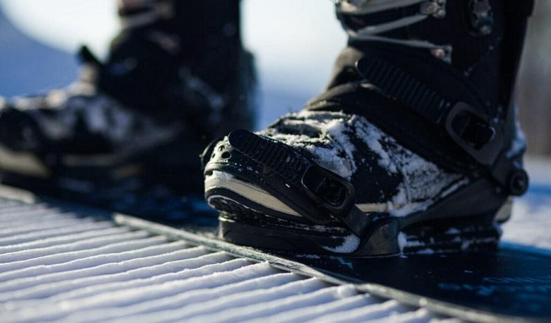 Men's snowboarding