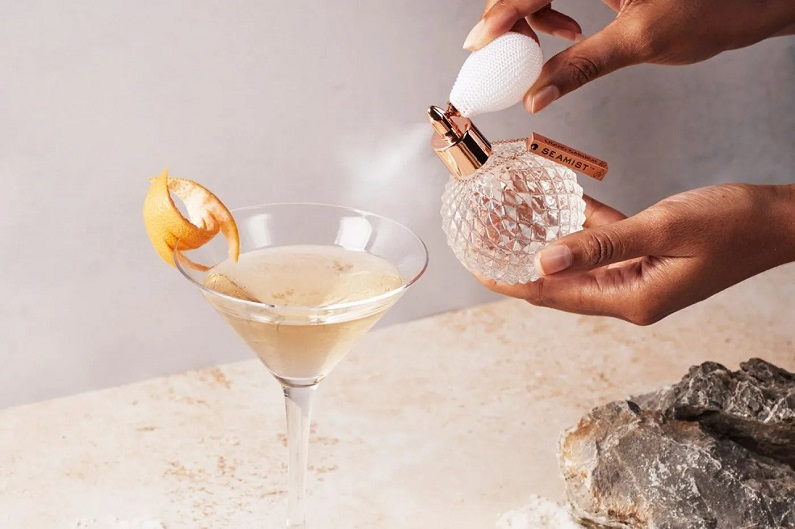 Serving up a Smile: 5 Best Gifts for Gin Lovers